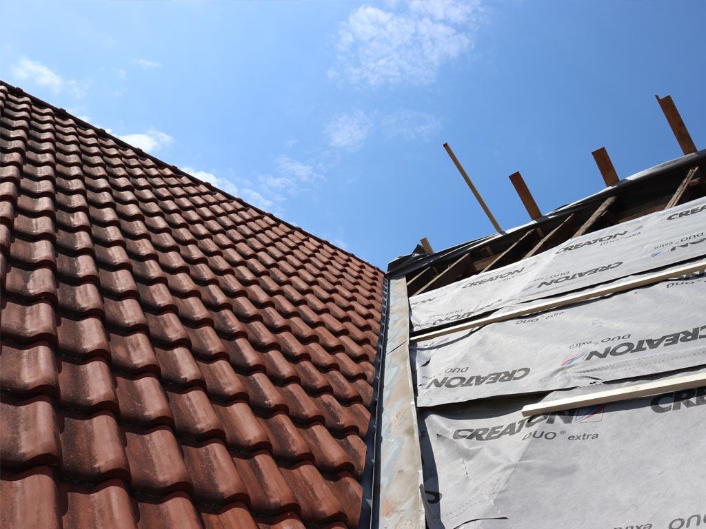 Dacheindeckung, holz massiv